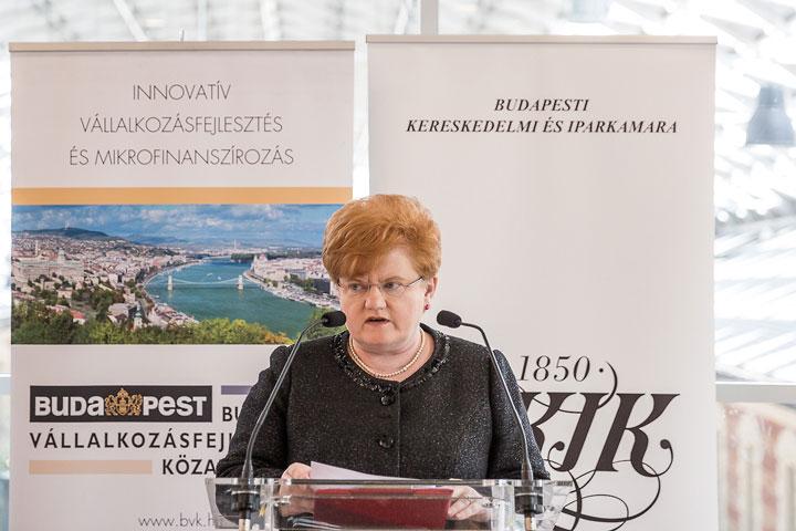 Szalai-Piroska-KKV-Állásbörze-megnyitó
